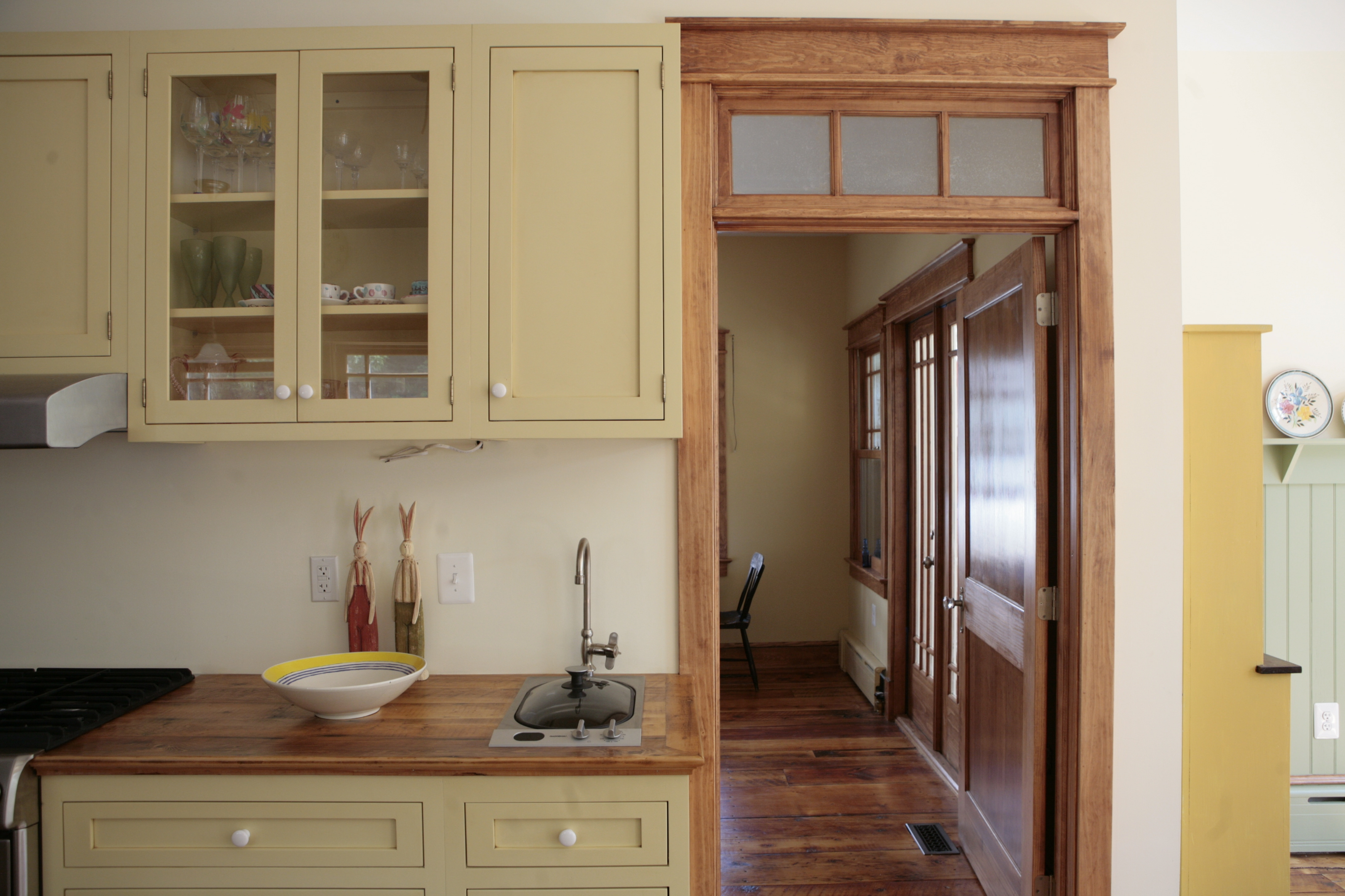 The Cabinetry Conundrum Stock Cabinets Custom Or Somewhere In