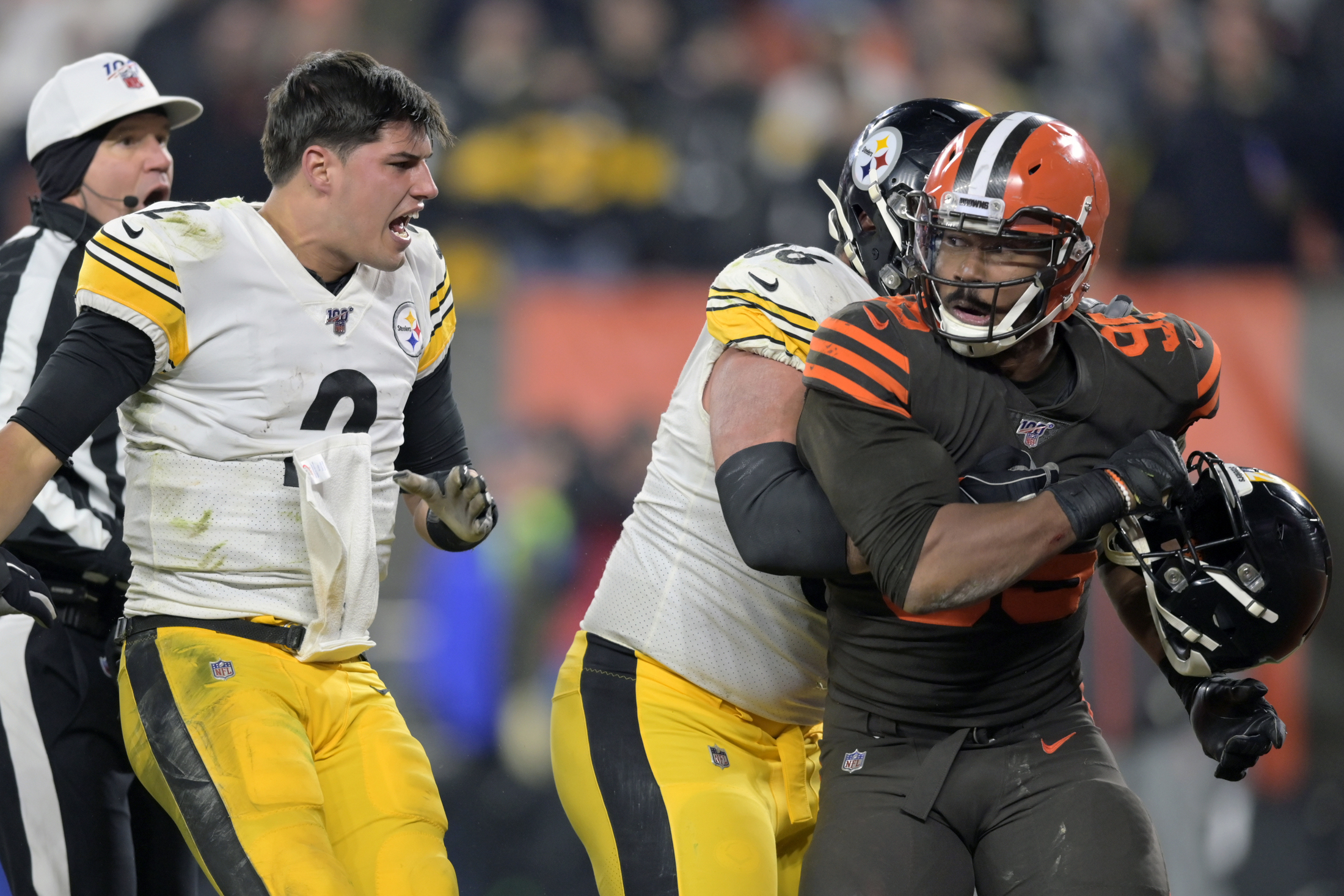 The Nfl Is Sanctioned Violence Myles Garrett Still Violated Its Codes The Washington Post