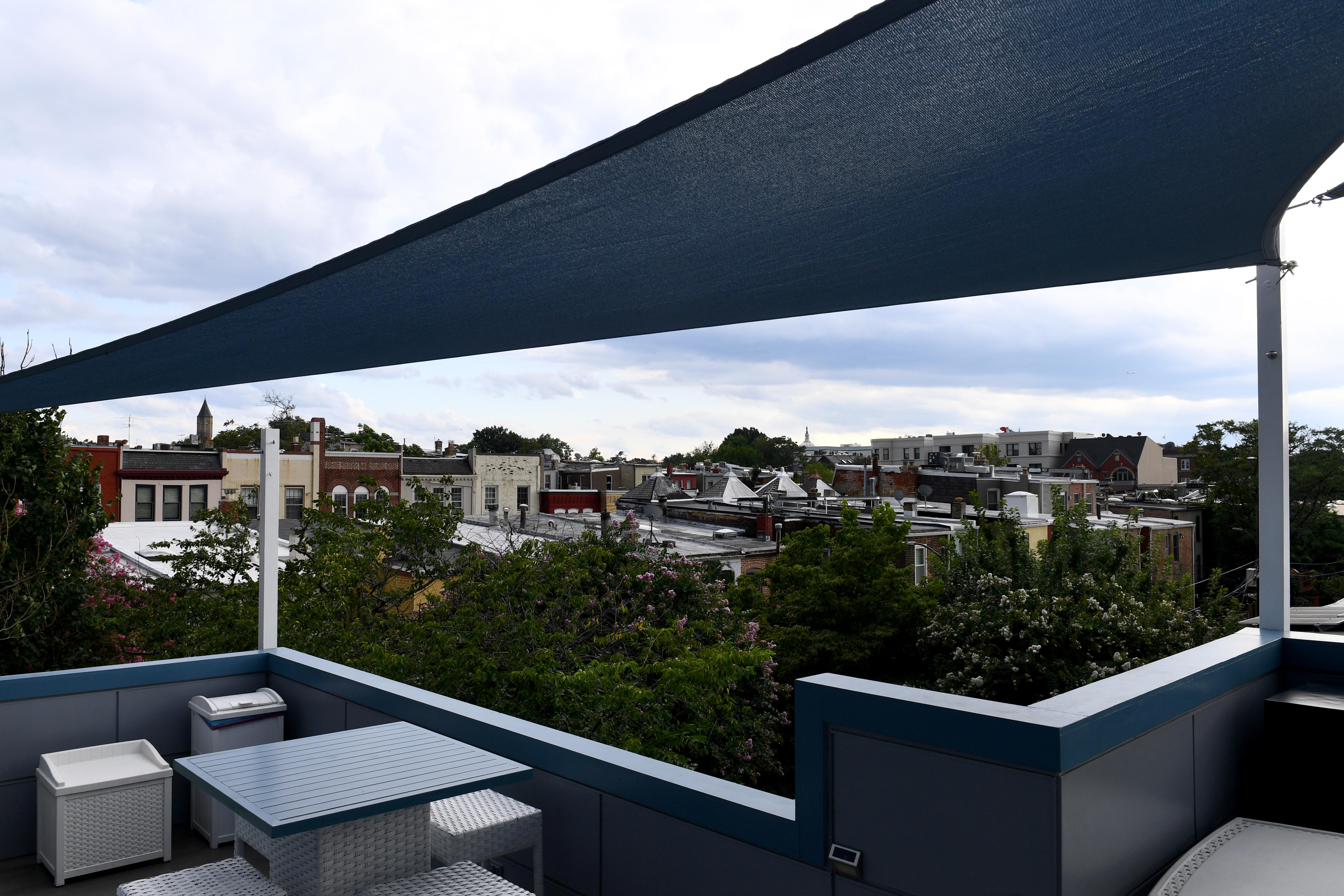 Roof Decks Are Ideal For Enjoying Cool Evenings But Adding One Won T Be A Breeze The Washington Post