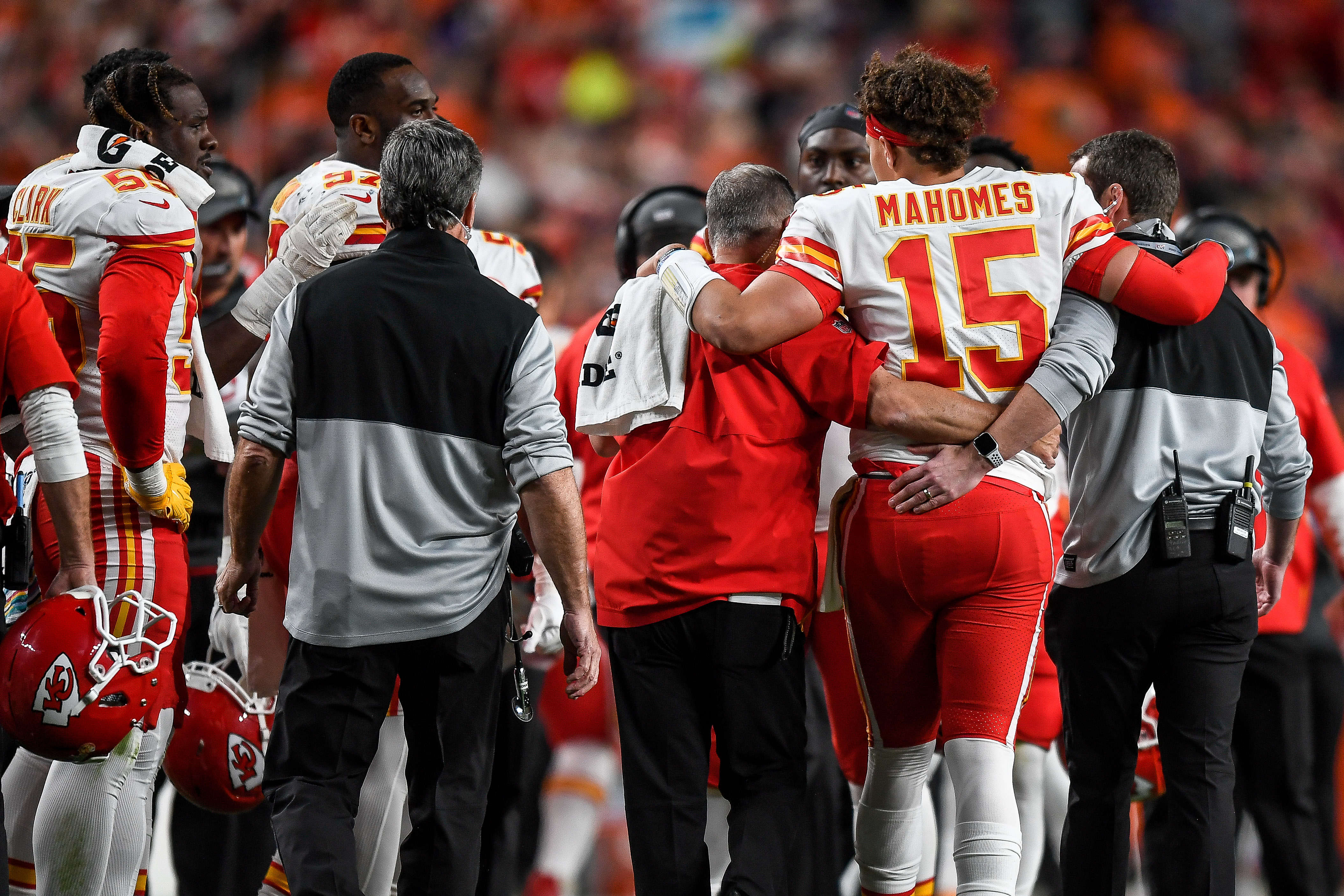 Patrick Mahomes Knee Injury Test Results Offer Hope Of
