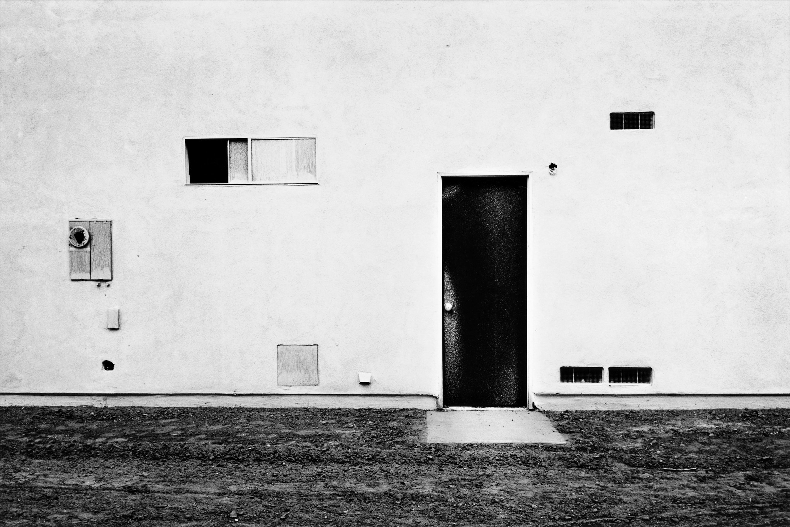 Icon of New Topography movement Lewis Baltz dies at 69 - The ...